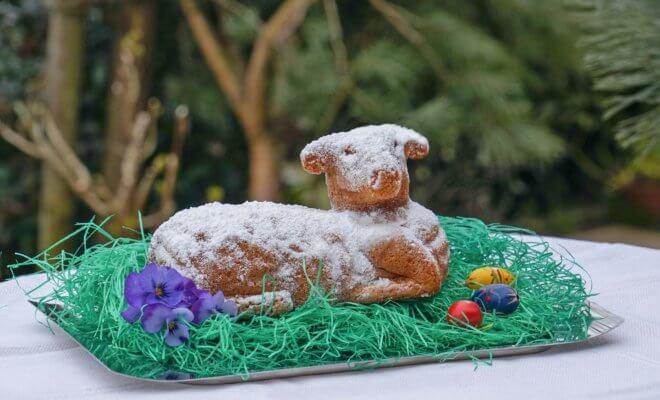 Agneau Pascal アニョーパスカル - 復活祭に食べるアルザスのお菓子